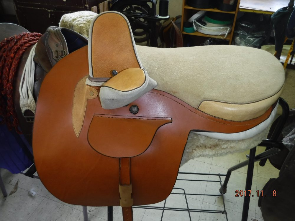 Light tan Side Saddle